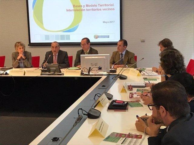 Reunión de Euskadi y comunidades limítrofes