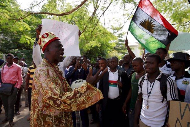 Partidarios del movimiento Pueblo Indígena de Biafra (IPOB) en Abuya
