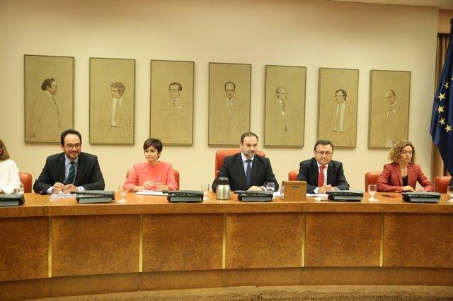 José Luis Ábalos en la reunión del Grupo Parlamentario Socialista