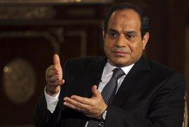 Al Sisi promulga una ley que limita la actividad de las ONG