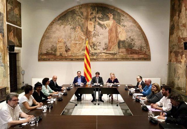Reunión Generalitat-partidos sobre el referéndum