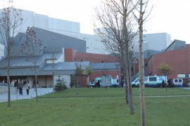 Trasladados al hospital por inhalación de humo una mujer y un niño de 3 años de Daimiel