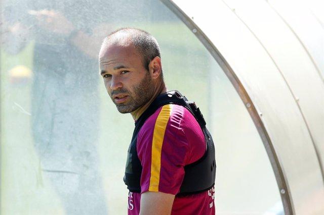 Andrés Iniesta en un entrenamiento del FC Barcelona
