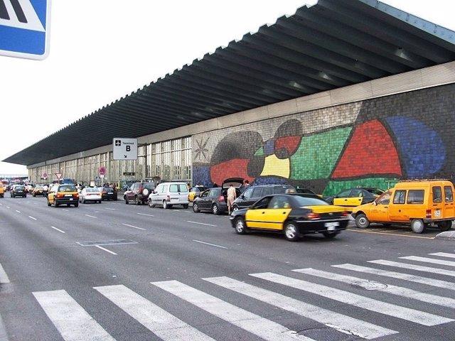 Taxi En El Aeropuerto De El Prat