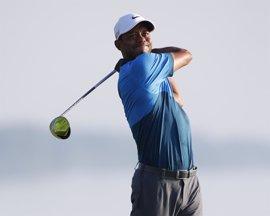 """Tiger Woods desmiente que tomara alcohol y alega una """"inesperada reacción"""" por mezclar medicamentos"""