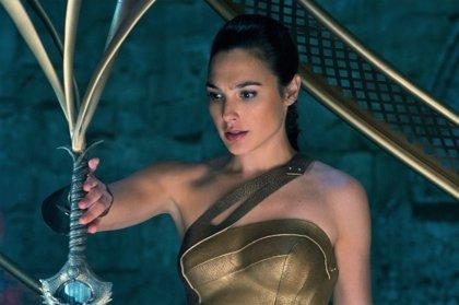 """Primeras críticas de Wonder Woman: """"La mejor película del universo Warner/DC"""""""