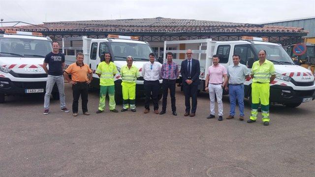 Fotos La Diputación Entrega Tres Camiones Basculantes A Las Brigadas De Carreter