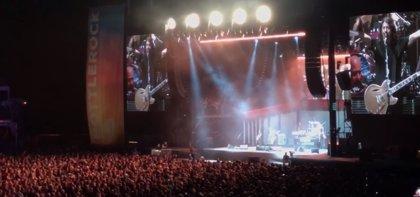 VÍDEO: Cortan el sonido a Foo Fighters por pasarse de hora pero Dave Grohl y los suyos siguen tocando como si nada