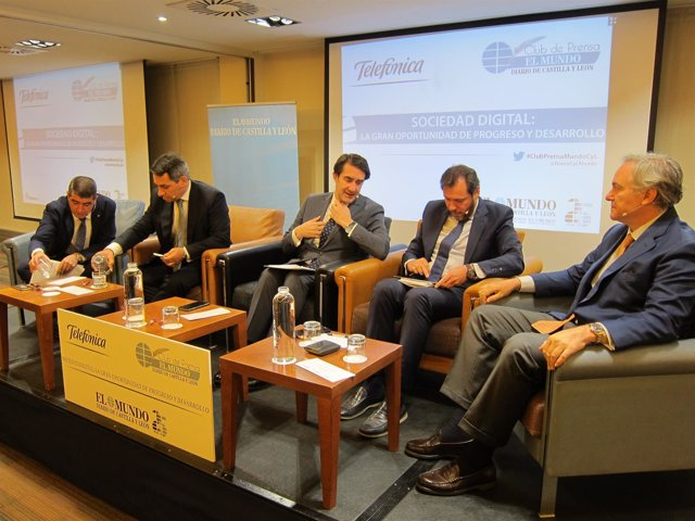 Suárez-Quiñones y Óscar Puente participan en la jornada