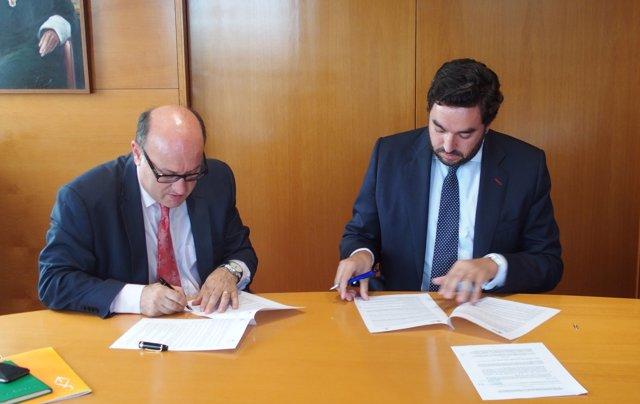 Convenio UIC Barcelona y la Fundación Legálitas