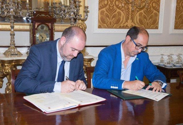 Convenio firmado entre Diputación y Ayuntamiento de Villamartín
