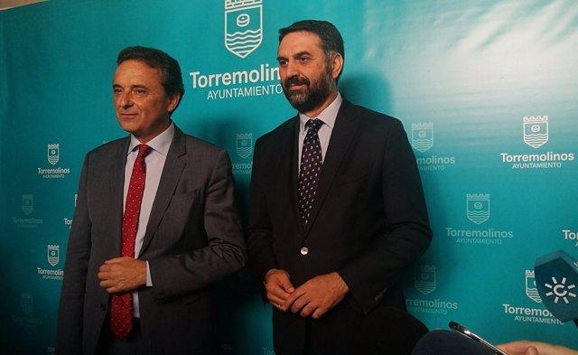 Alcalde Torremolinos Ortiz  y el consejero de Turismo Francisco Javier Fernández