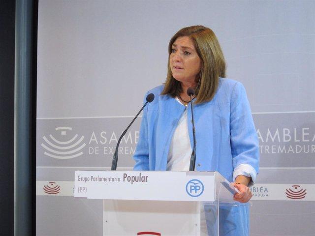 La portavoz de Eduación del PP extremeño presenta una propuesta de impulso