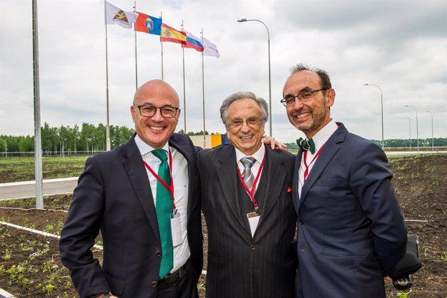 Juan Hernández, Tomás Fuertes Y Salvador Marín En La Inauguración
