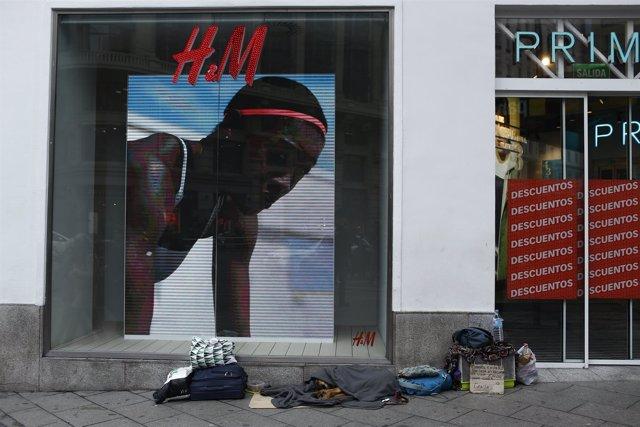 Viviendo en la calle, vivir en la calle, pobreza, pobre, pobres, sin techo
