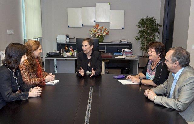 Reunión con representantes del Colegio de Abogados.
