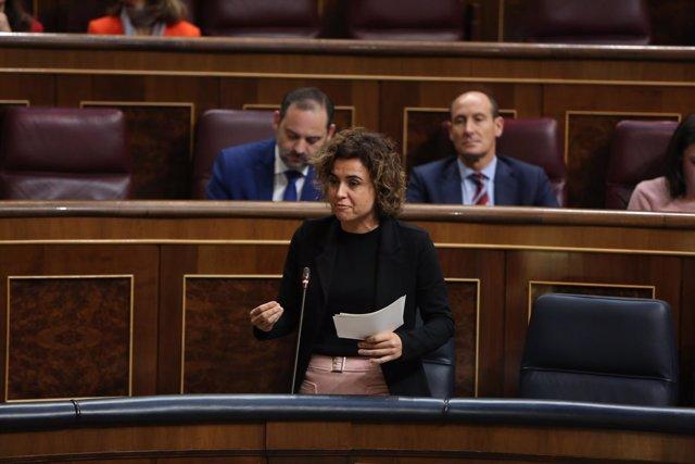 Dolors Montserrat en la sesión de control en el Gobierno