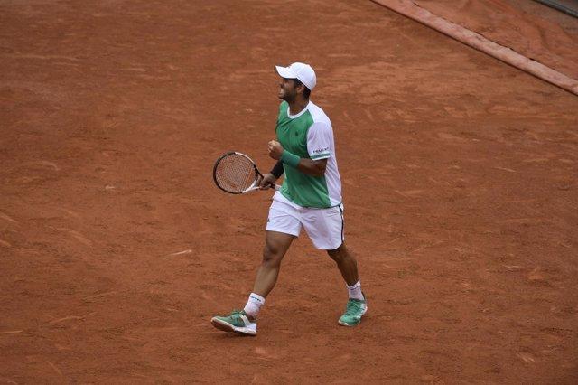 Fernando Verdasco gana en Roland Garros