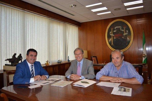 Reunión de Zona Franca y la UCA