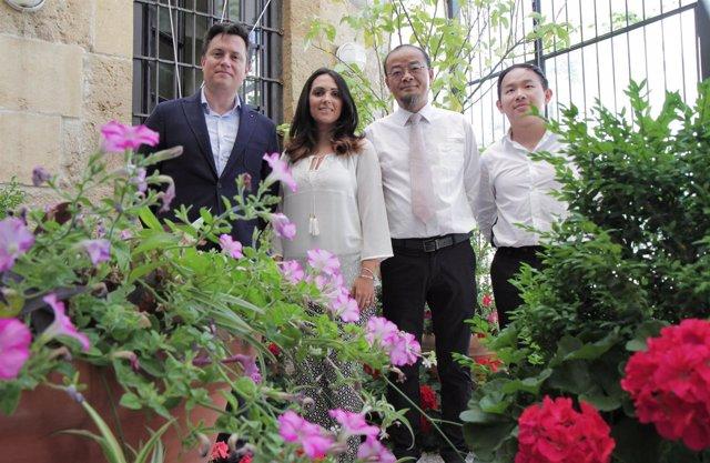 Ceña, González, Fu y Tang en la presentación
