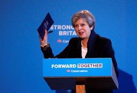 La ventaja de May baja a seis puntos a menos de dos semanas de las elecciones generales en Reino Unido