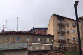 La lluvia obliga al Ayuntamiento de Teruel a cortar el tráfico en tres calles