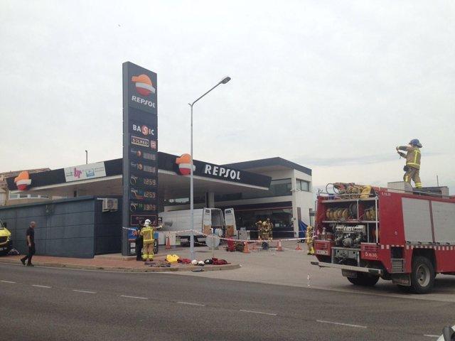 Dos muertos en una gasolinera en Sant Sadurní d'Anoia
