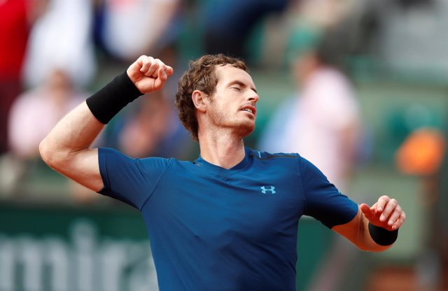 Andy Murray celebra el triunfo en primera ronda de Roland Garros 2017