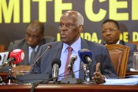 El presidente de Angola regresa al país después de casi un mes de visita a España por motivos médicos