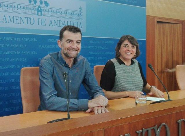 Antonio Maíllo y Elena Cortés, hoy ante los medios