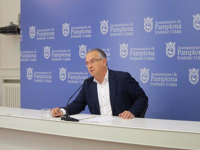 El portavoz de  UPN en el Ayuntamiento de Pamplona, Enrique Maya
