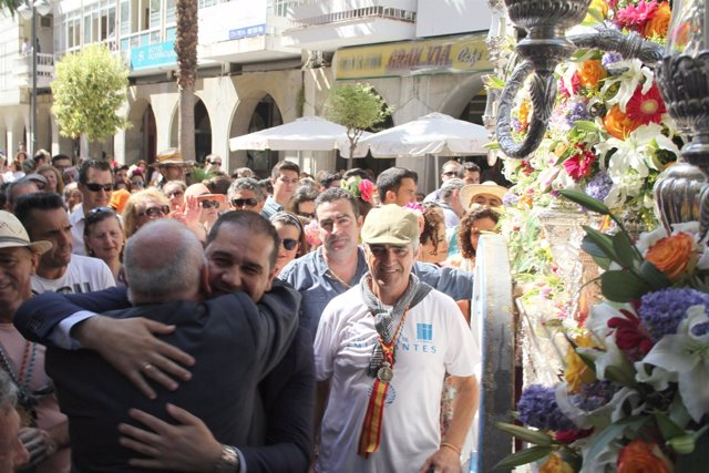Nota De Prensa Y Fotos Ofrenda Hermandad De Emigrantes