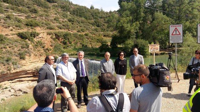 Autoridades en el Salto de Bierge (Huesca)