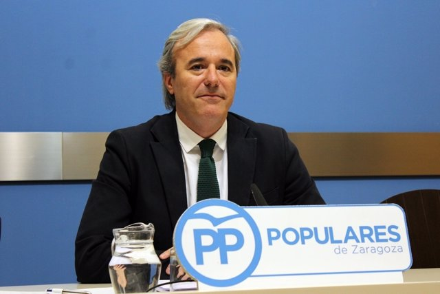 El portavoz del PP en el Ayuntamiento de Zaragoza, Jorge Azcón