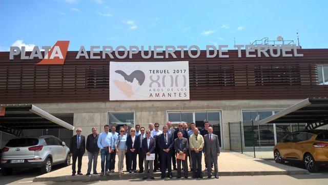 La Junta Directiva de CEPYME Aragón en el Aeropuerto de Teruel