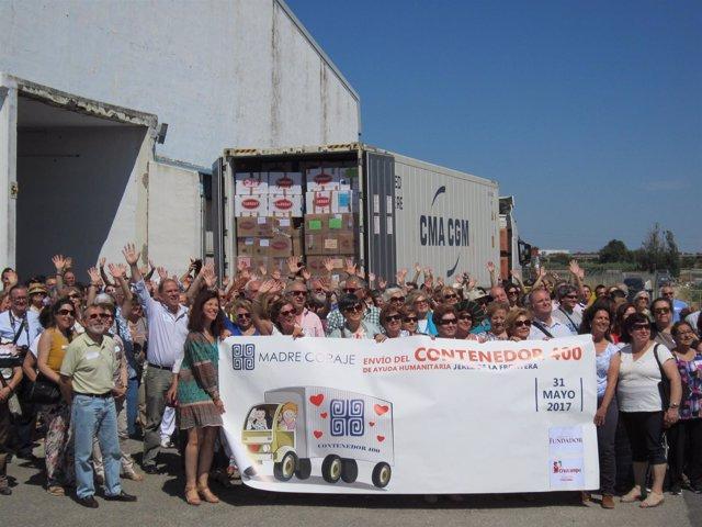 Madre Coraje Carga El Contenedor 400 De Ayuda Humanitaria A Perú En Un Acto Con
