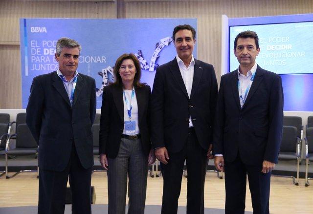 Joan PIera, Cristina de Parias,Fernando Alonso y Rafael Doménech (BBVA)