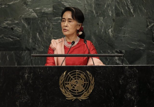 La dirigente birmana Aung San Suu Kyi habla ante la ONU