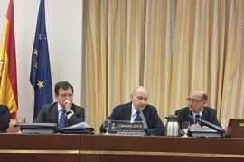 El Congreso prorroga con bronca la comisión de Fernández Díaz hasta el 31 de julio