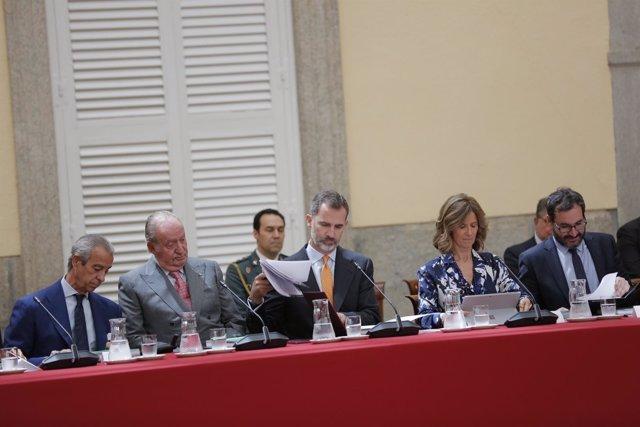 Felipe VI durante la reunión del Patronato de la Fundación Cotec