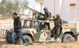 Registrados enfrentamientos entre el Ejército y presuntos terroristas en una zona montañosa en el oeste de Túnez