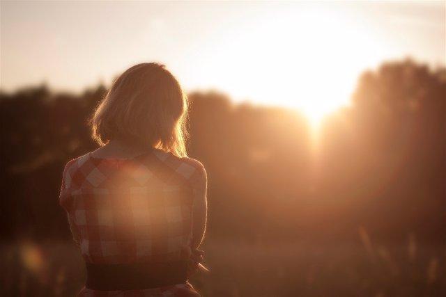 Mujer al sol