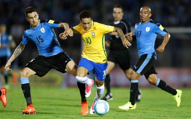 Neymar Uruguay Brasil Egidio Arévalo Ríos Matías Vecino