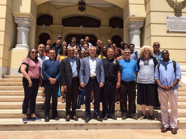 El Ayuntamiento De Málaga Informa: Málaga Presenta A La Universidad Metropolitan
