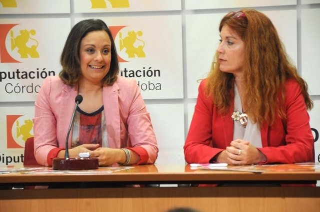 Guijarro (izda.) y Pérez, en rueda de prensa