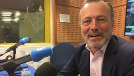 El portavoz del PP de Santiago invita a su partido a reflexionar sobre el no a la investigación de Angrois