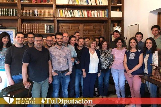Cordero recibe a los 16 operadores TIC contratados para las mancomunidades