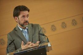 """Alonso dice que """"no hay ninguna propuesta"""" del PP para cogobernar en el Cabildo de Tenerife y """"no toca cambiar"""""""