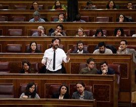 """Podemos no ve cambios en el PSOE de Sánchez y lanza un ultimátum para ver si rompe o no """"la triple alianza"""""""