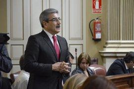 """Román Rodríguez (NC) avisa al PP de que si no gestiona Hacienda será una """"comparsa"""" en el Gobierno"""